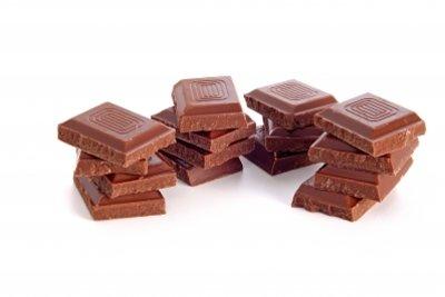 Schokolade kann sich bisweilen weiß färben.