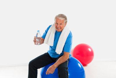 Auch Senioren haben Spaß an Sport.
