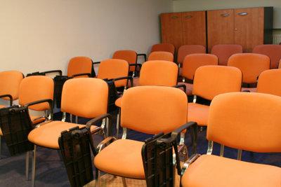 leere Stühle - nicht beim Psychologie-Studium