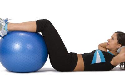 Den Bauch kann man vielseitig trainieren.