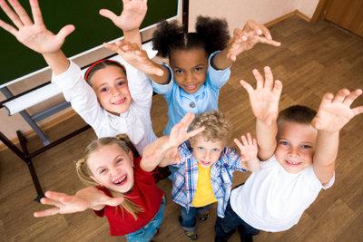 Kennenlernspiele helfen der Gruppendynamik.
