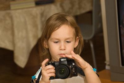 Kinder lieben es, zu fotografieren