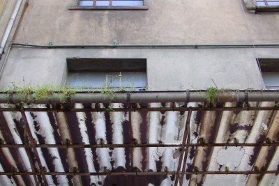 Renovieren Sie Ihr altes Vordach.