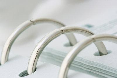 Eine Ringbuchbindung können Sie selber anbringen.