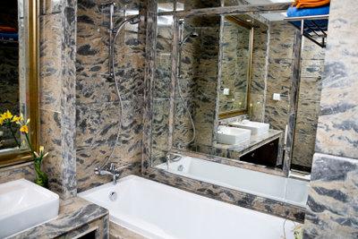 Badezimmer von Schädlingen befreien