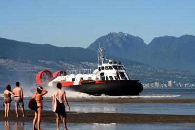 Luftkissenboote für den Passagiertransport