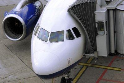 Asthmaspray darf mit ins Flugzeug.