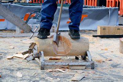 Sportholzfällen ist ein typischer Männersport.