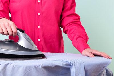 Bügeln Sie Ihre Hemden richtig!