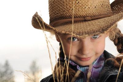 Westernspiele sorgen für einen perfekten Kindergeburtstag.