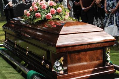 Eine Beerdigung ist eine belastende Situation.