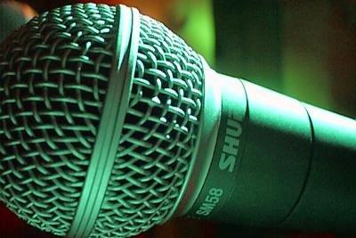 Ein Mikrofon an den Computer anschließen