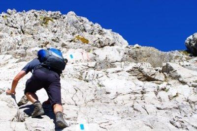 Als Bergsteiger sollten Sie fit sein.