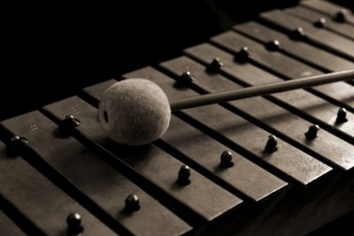 Das Xylophon passt zu vielen Klanggeschichten.
