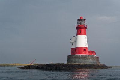 Sicherheit beim Navigieren bieten Leuchttürme.