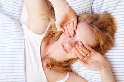 Schlafsand im Auge kann beseitigt werden.