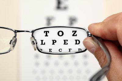 So führen Sie Augentests online durch.