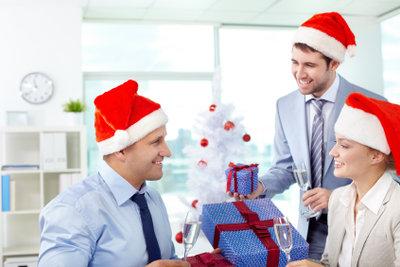 Auch eine Weihnachtsfeier kann lustig sein