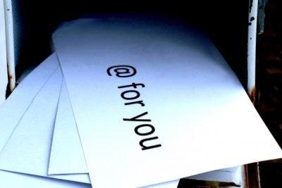 Alle E-Mails in einem Ordner speichern.