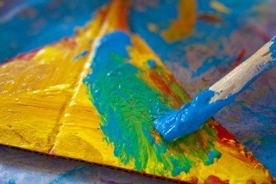 Abtönfarben lassen sich zur Malerei verwenden.