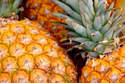 Ananas hilft beim Abnehmen.