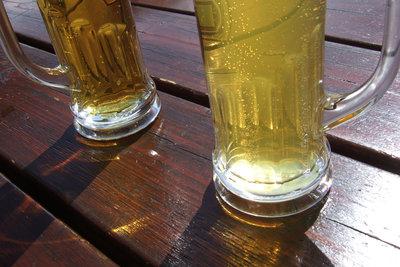 Prost mit Fanta und Bier!