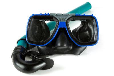 Eine Taucherbrille kann beschlagen.