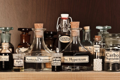 Johanniskrautöl hilft bei Narben.