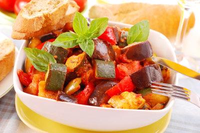 Gesund und lecker - vegane Gemüseaufläufe