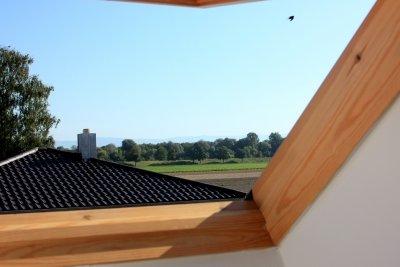 Raffrollos passen auch an Dachfenster.