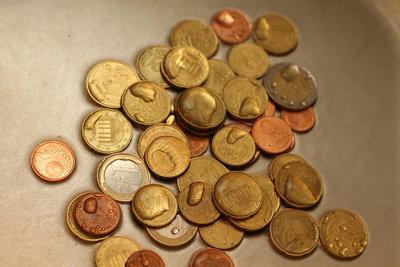 Münzen können Sie gegen Scheine eintauschen.