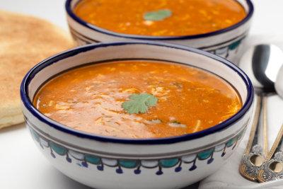 Suppe soll oft eine Weile köcheln.