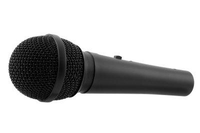 Mittels Audioprogrammen nehmen Sie Gesang auf.