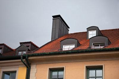 Beim Dachüberstand die Vorschriften einhalten