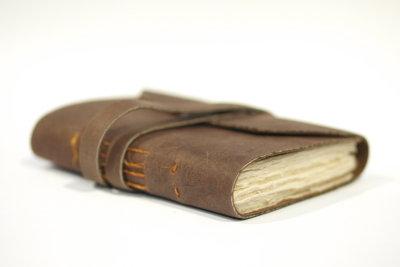 Ein Buch voller Geheimnisse und Erinnerungen.