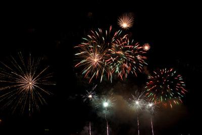 Kaufen Sie Feuerwerk in den Niederlanden.