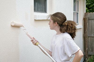 Fassadenfarbe braucht wärmere Temperaturen.