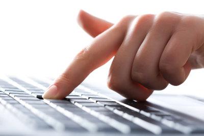 Auf dem PC schreiben lernen.