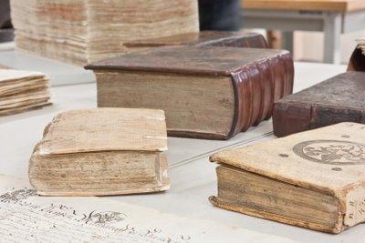 Restaurieren Sie Ihre Bücher selbst.