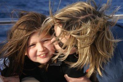 Im Winter sind Haare statisch aufgeladen.