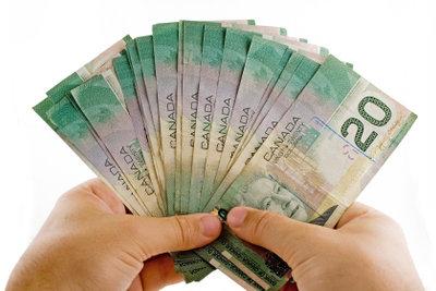 Freie Mitarbeiter zahlen Steuern in Eigenverantwortung.