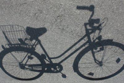 Das Licht am Fahrrad richtig anschließen.