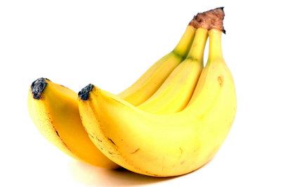 Fruchtig und knackig - Banane im Teigmantel.