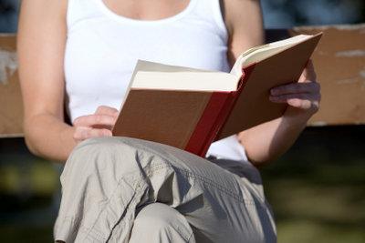 Gegen Dummheit helfen Bücher.