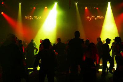 Mit einfachen Tanzschritten zum Discostar
