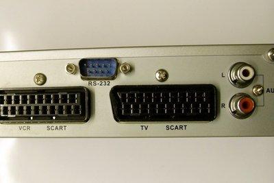 Einen Receiver für mehrere Fernsehgeräte nutzen