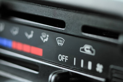 Nahezu jedes moderne Auto besitzt eine Klimaanlage.