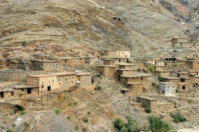 In Wüsten ist die Bevölkerungsdichte gering.