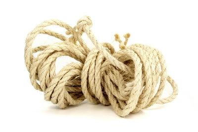 Das Seilspringen ist ein toller Sport für Kinder.