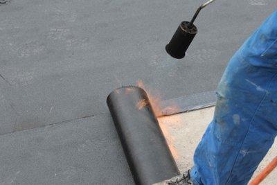 Dachpappe ist ein besonderes Material.